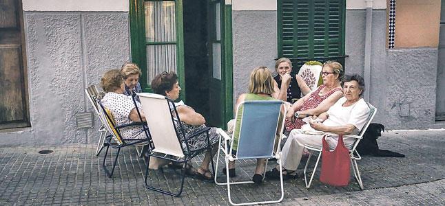 Meet_Spanish_people