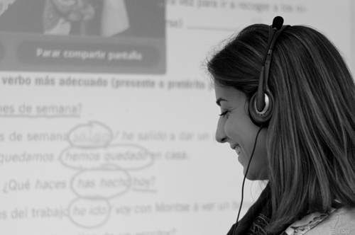 Teacher during an online Spanish lesson