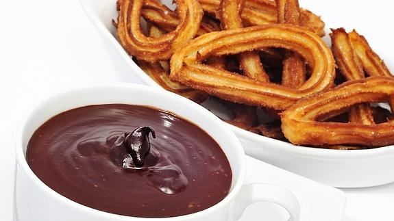 Spanish churros with chocolate