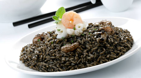 Spanish arroz negro
