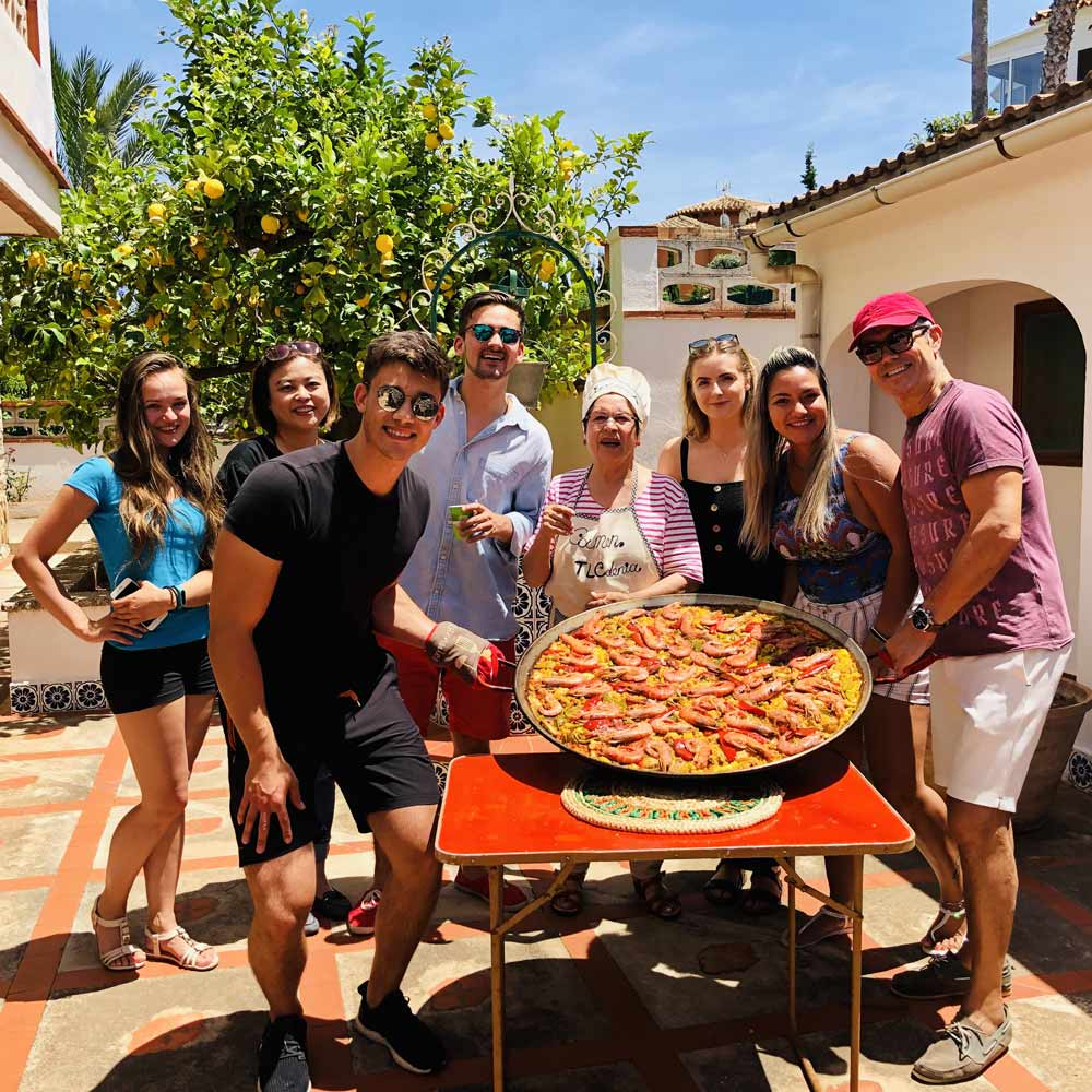 Students during a paella workshop