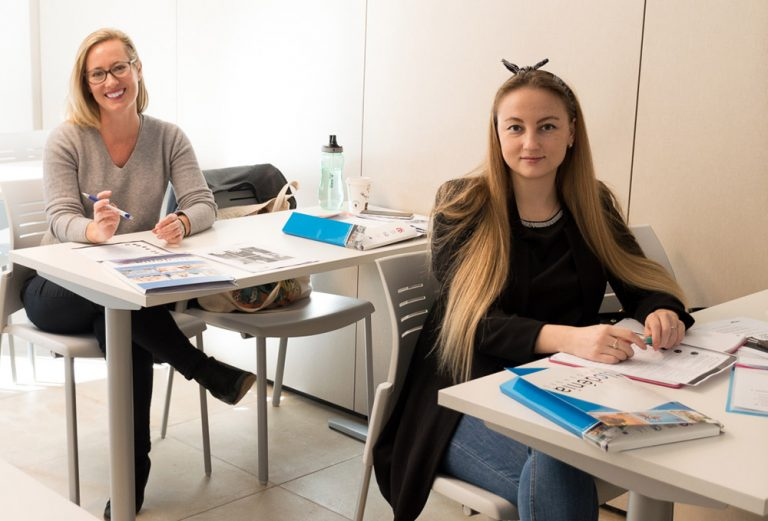 spanish courses in spain students