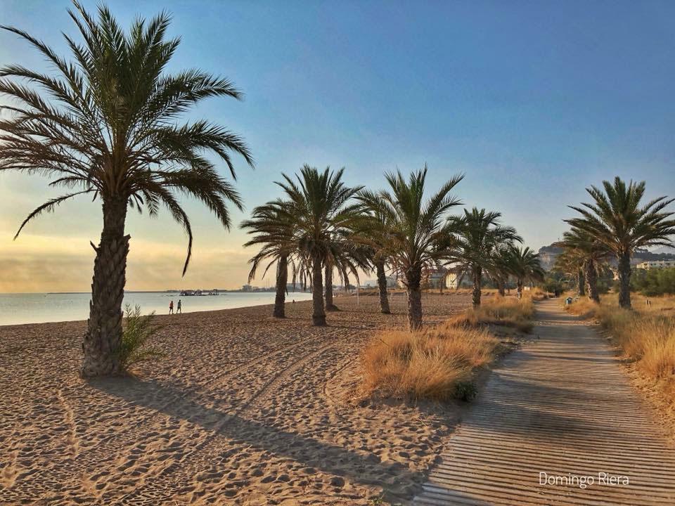 plage de sable de Dénia, costa blanca, en Espagne