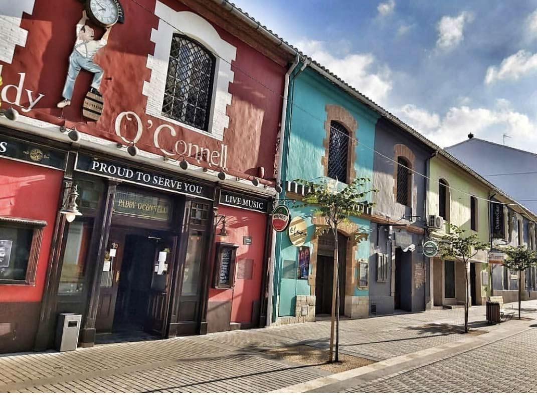 rue de Dénia, costa blanca, en Espagne