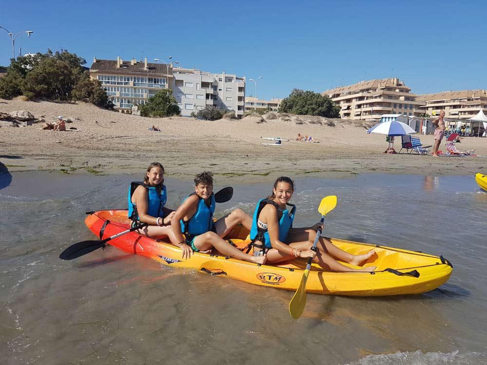 sport aquatique à Dénia, costa blanca, en Espagne