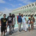 studenty shkoly ispanskogo na excursii v valencii