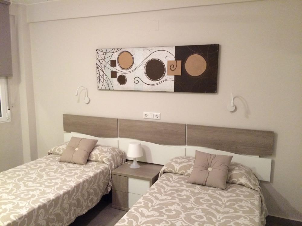 chambre dans l'appartement partagé pour les étudiants des cours d'espagnol en Espagne à Denia