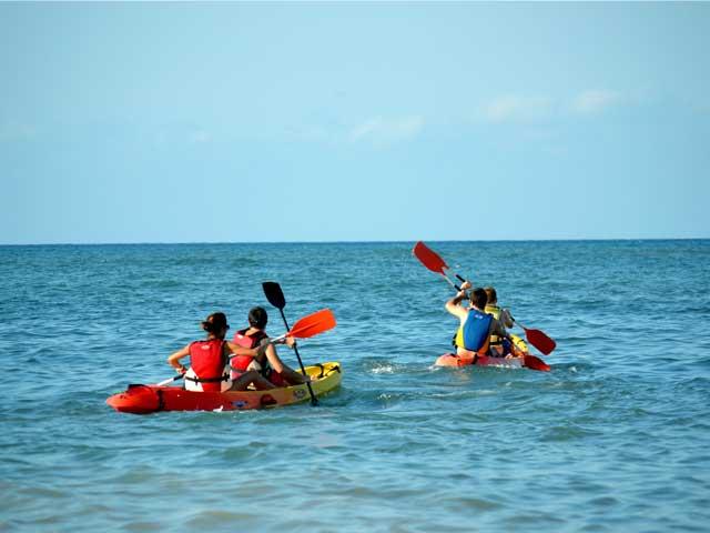Students in Denia doing kayaking