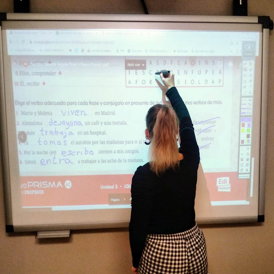 spanish courses in spaindenia